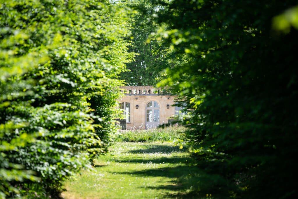 chateau de ferrand allee parc guillaume de tapol 1